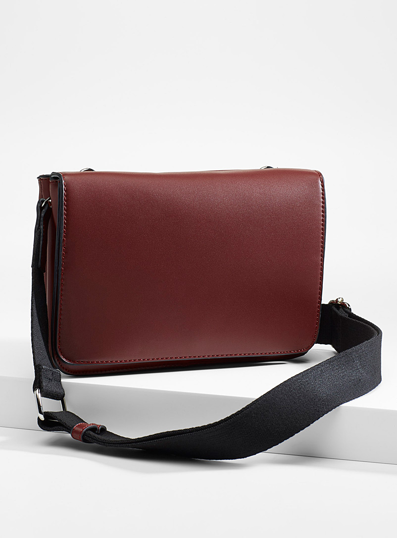 flap-shoulder-bag