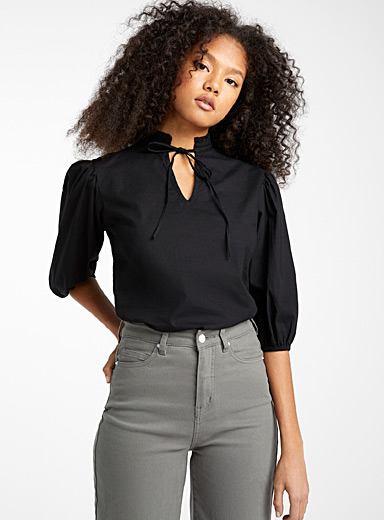 Loose ruffle-neck blouse