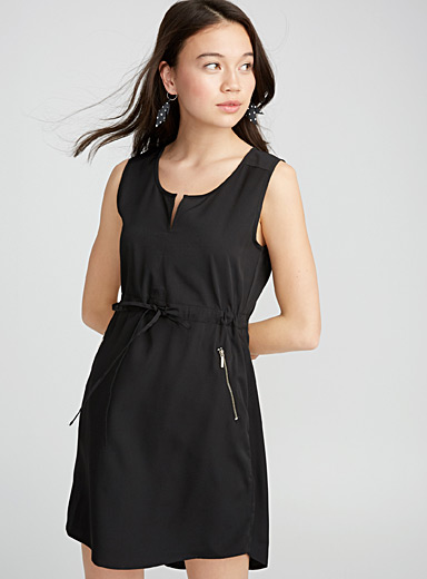 Sporty zip dress