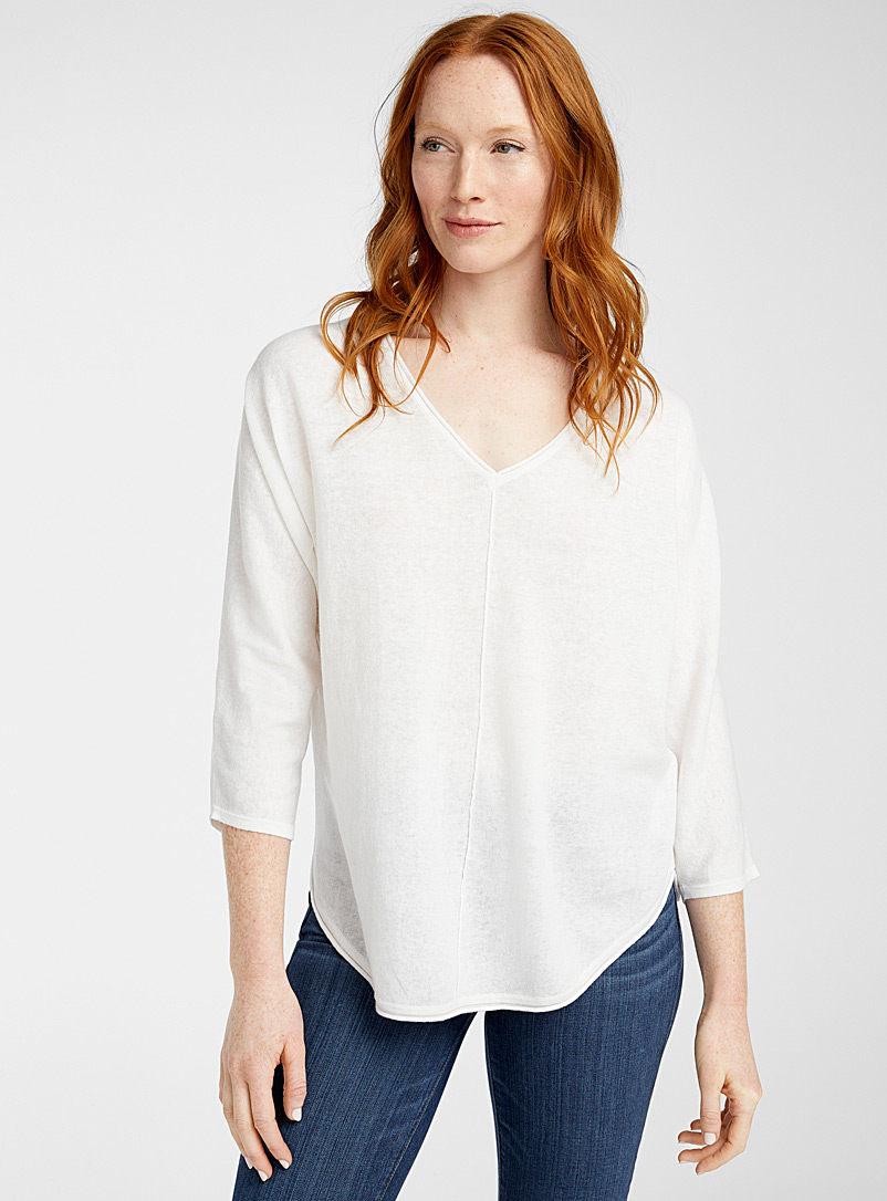 Part Two White Rounded V-neck sweater for women