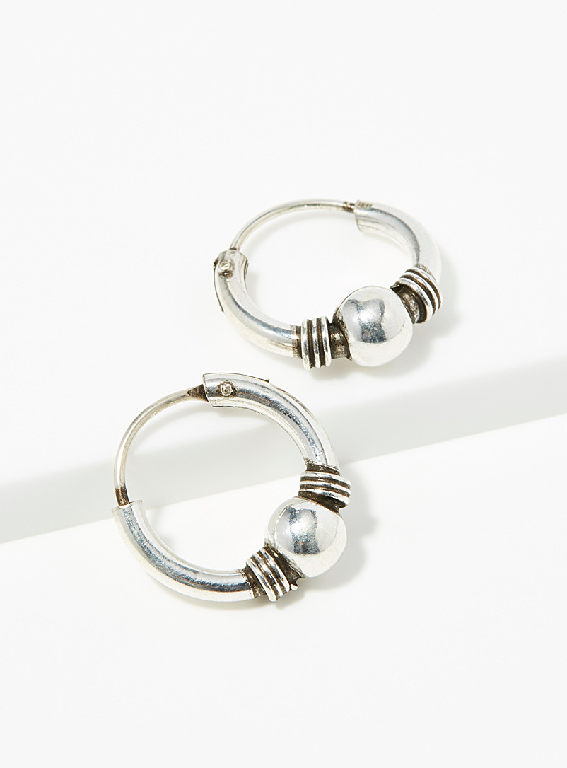 textured-detail-hoops