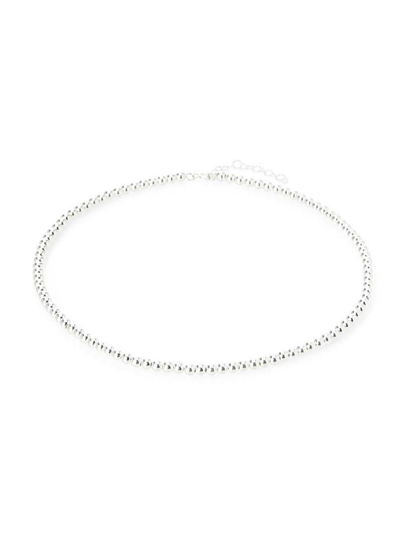 silver-bead-necklace