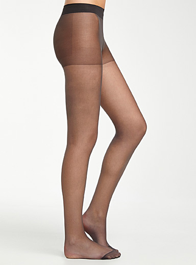 Sheer matte pantyhose