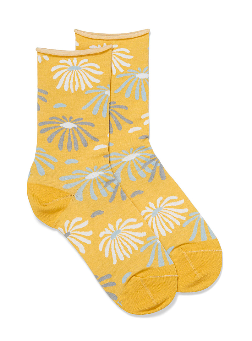 Bleuforêt Bright Yellow Daisies ankle socks for women