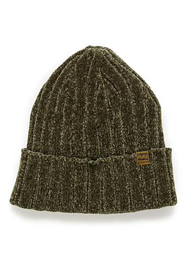 Ribbed chenille knit tuque