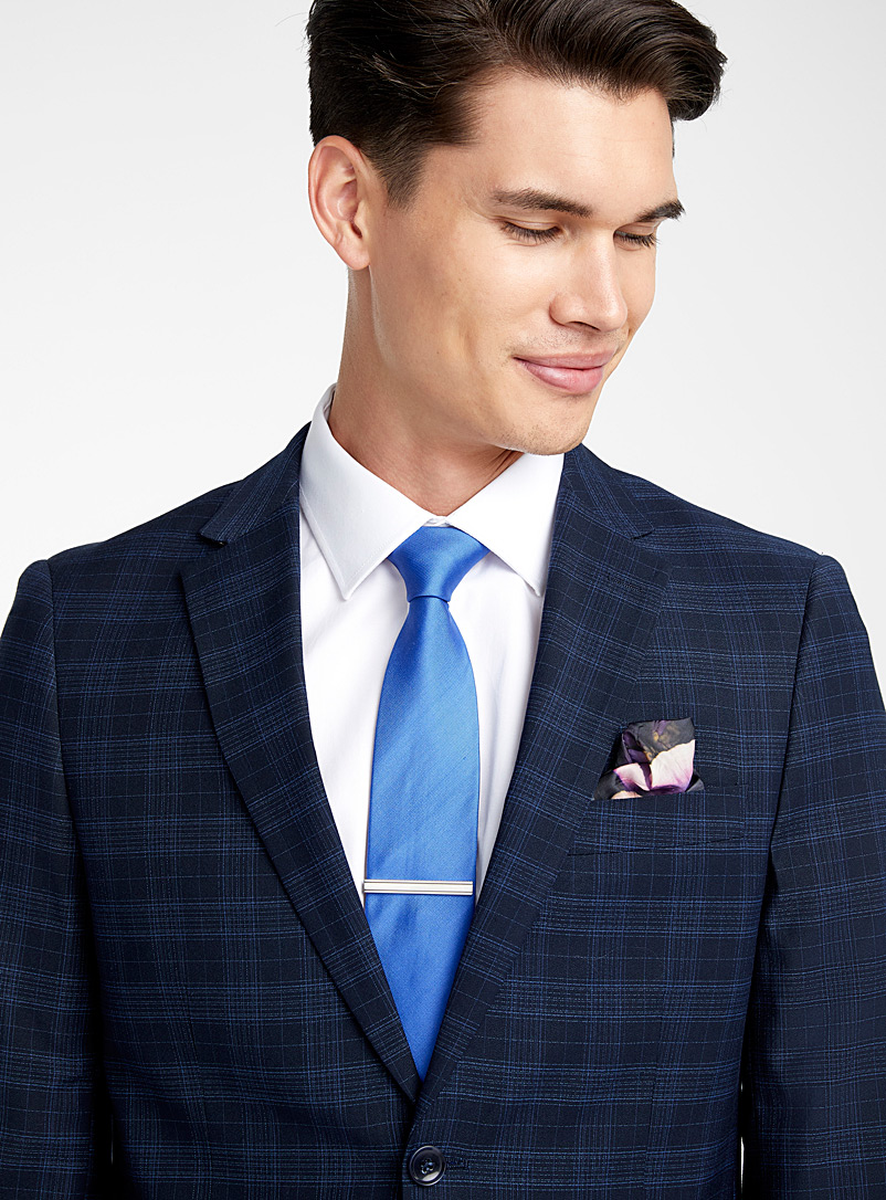 Accent blue checked suit  Slim fit