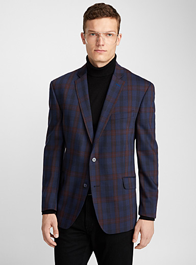 Burgundy-accent check jacket <br>Semi-slim fit