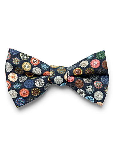 Kaleidoscope medallion bow tie