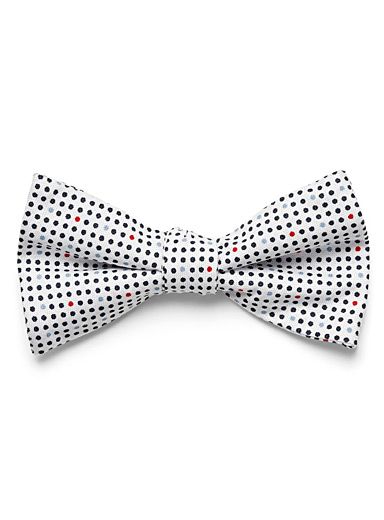 Sailor dots bow tie