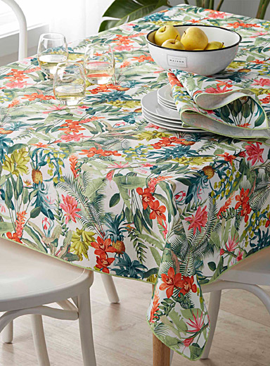 Maui flowers tablecloth