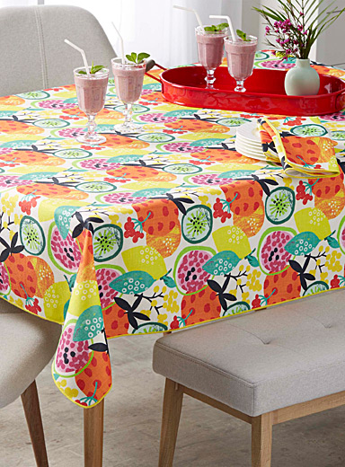 Tropical cocktail tablecloth