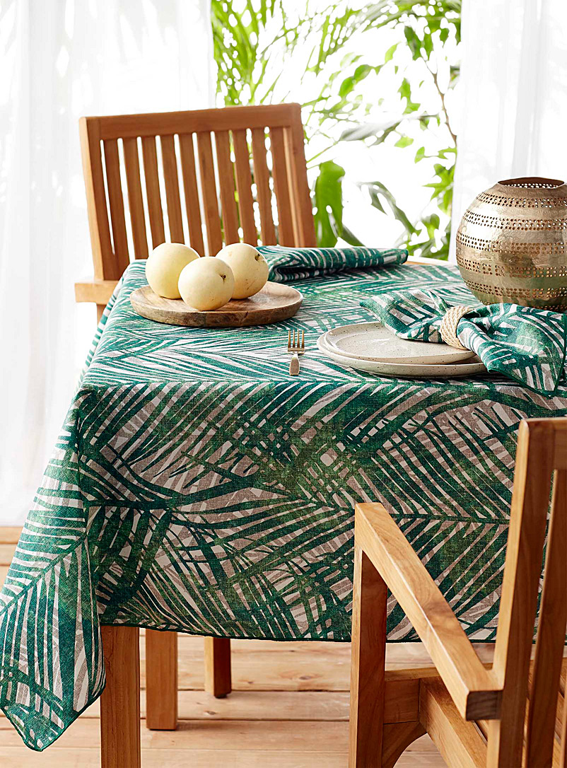 Simons Maison Patterned Green Oasis tablecloth