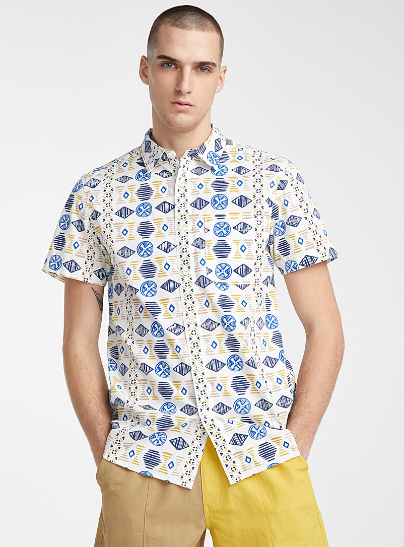 The North Face Patterned White Baytrail shirt for men