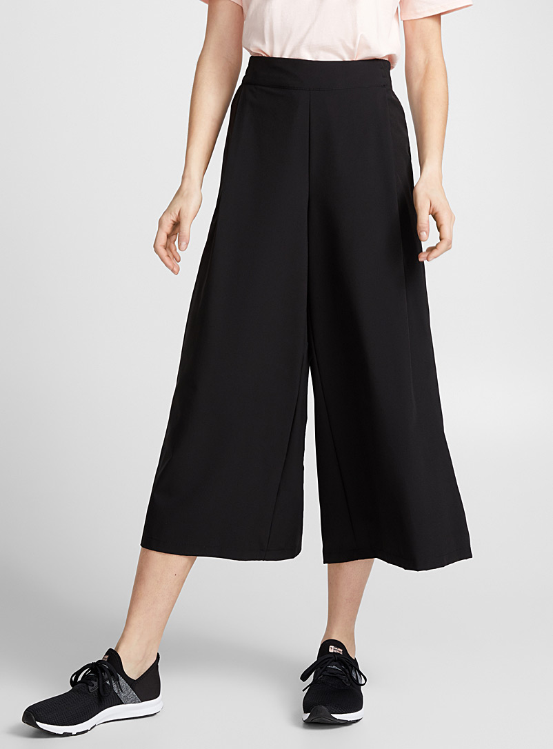 outdoors-gaucho-pant