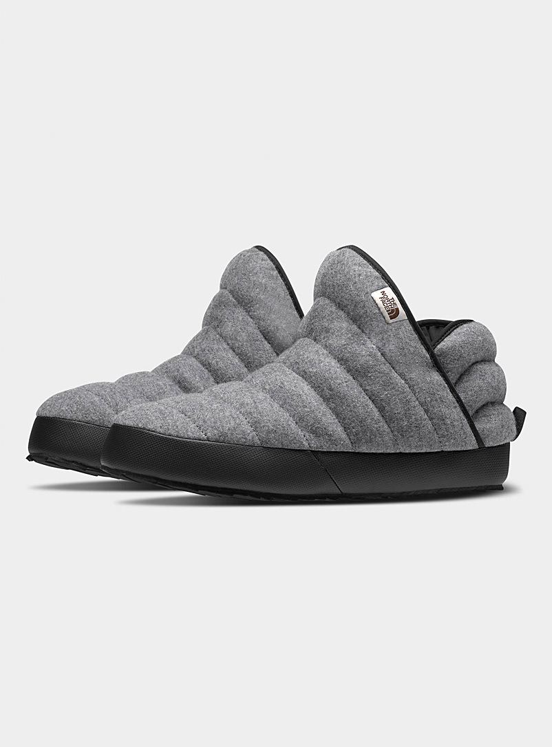The North Face: La pantoufle ThermoBall Traction mérinos  Homme Gris pour homme