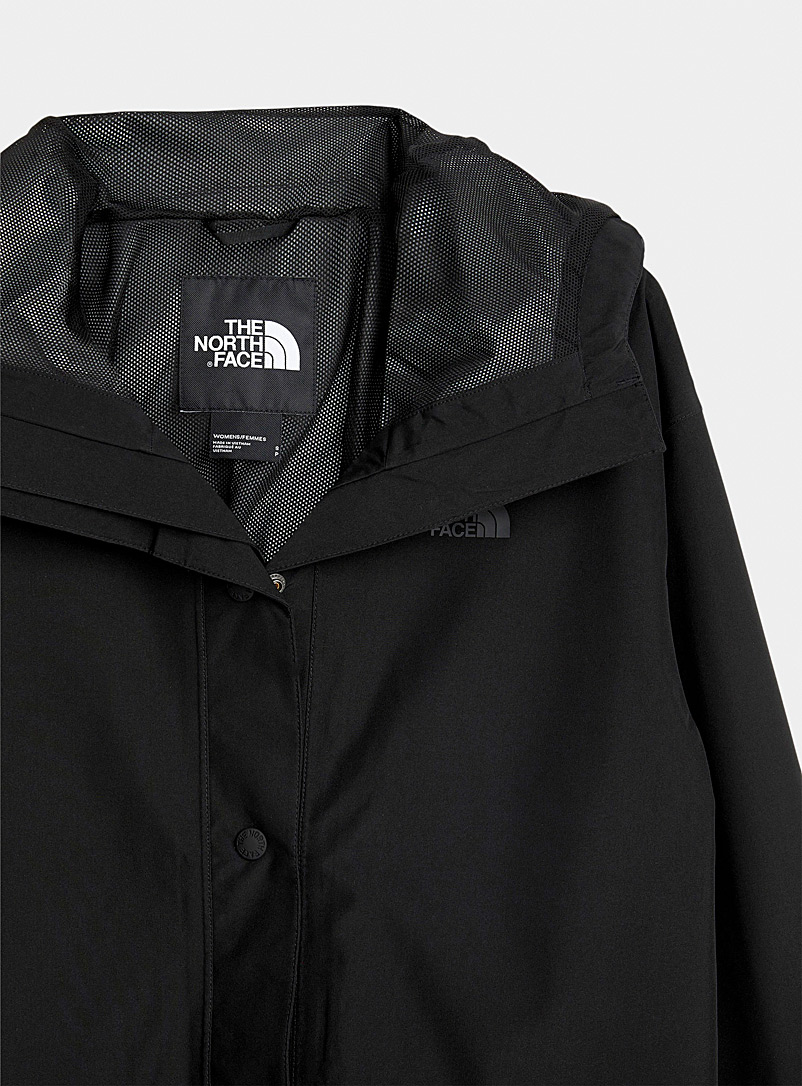 The North Face Black Woodmont recycled fibre raincoat for women