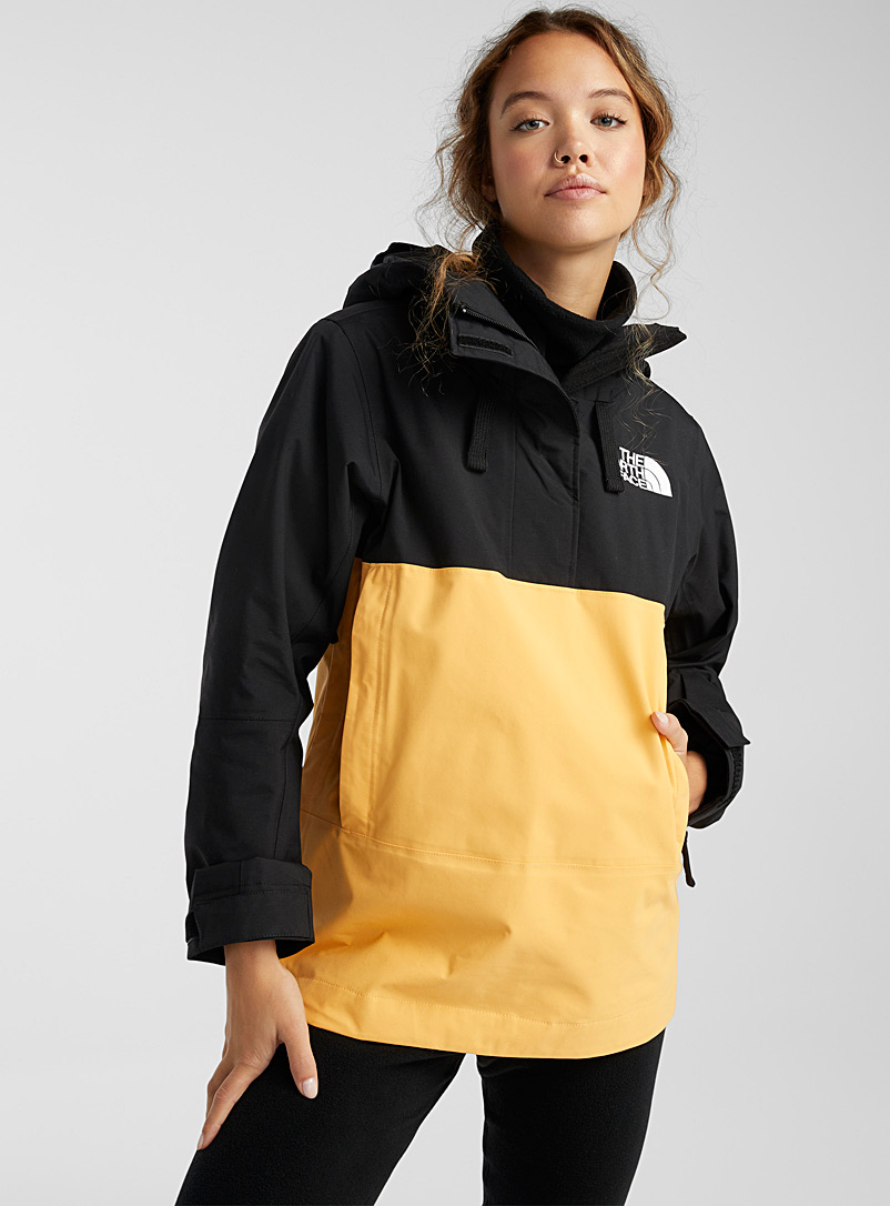 The North Face Medium Yellow Tanager colour block anorak Regular fit for women