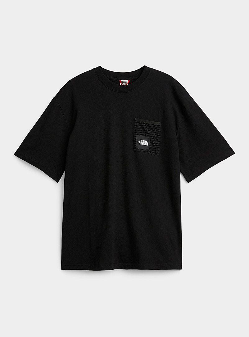 The North Face: Le t-shirt Black Box pochette filet Noir pour homme