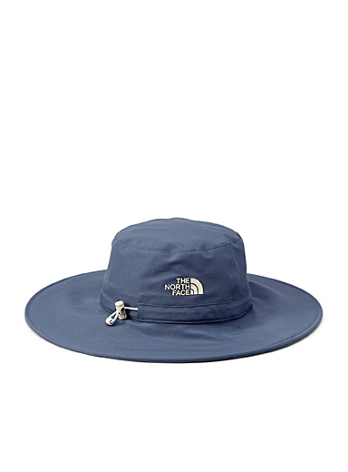 Twist and Pouch compact bucket hat