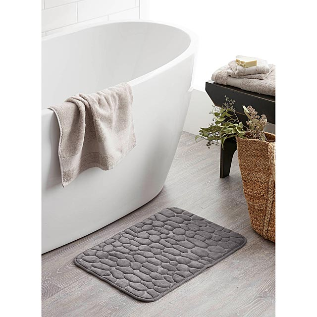 sea-of-pebbles-bath-mat-17-x-24