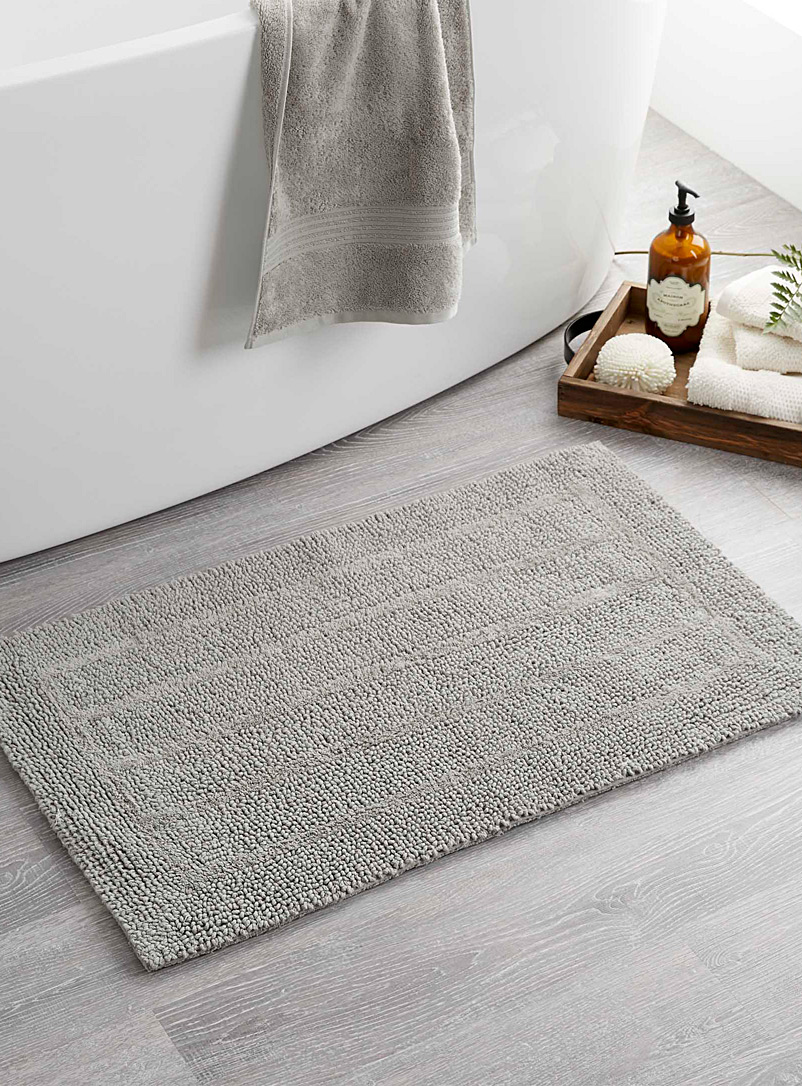 "Simons Maison Grey Luxurious bouclé bath mat  20"" x 32"""