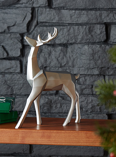 Silver decorative reindeer