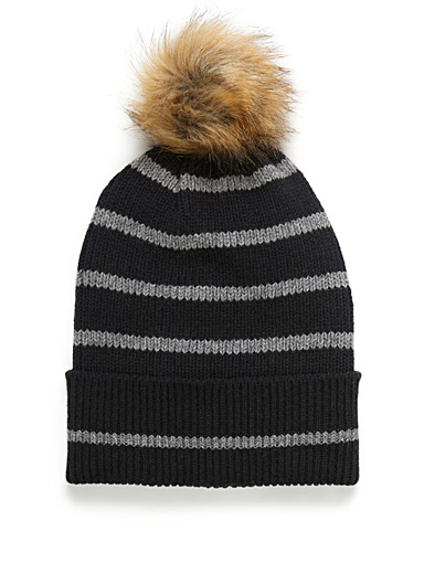 Contrast-stripe tuque