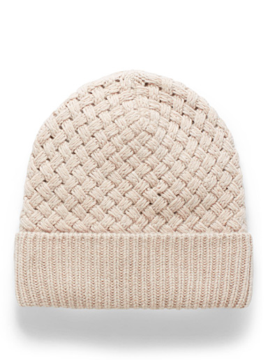 Simons Honey Fleece-lined braided knit tuque for women