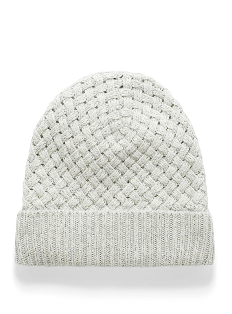 Fleece-lined braided knit tuque