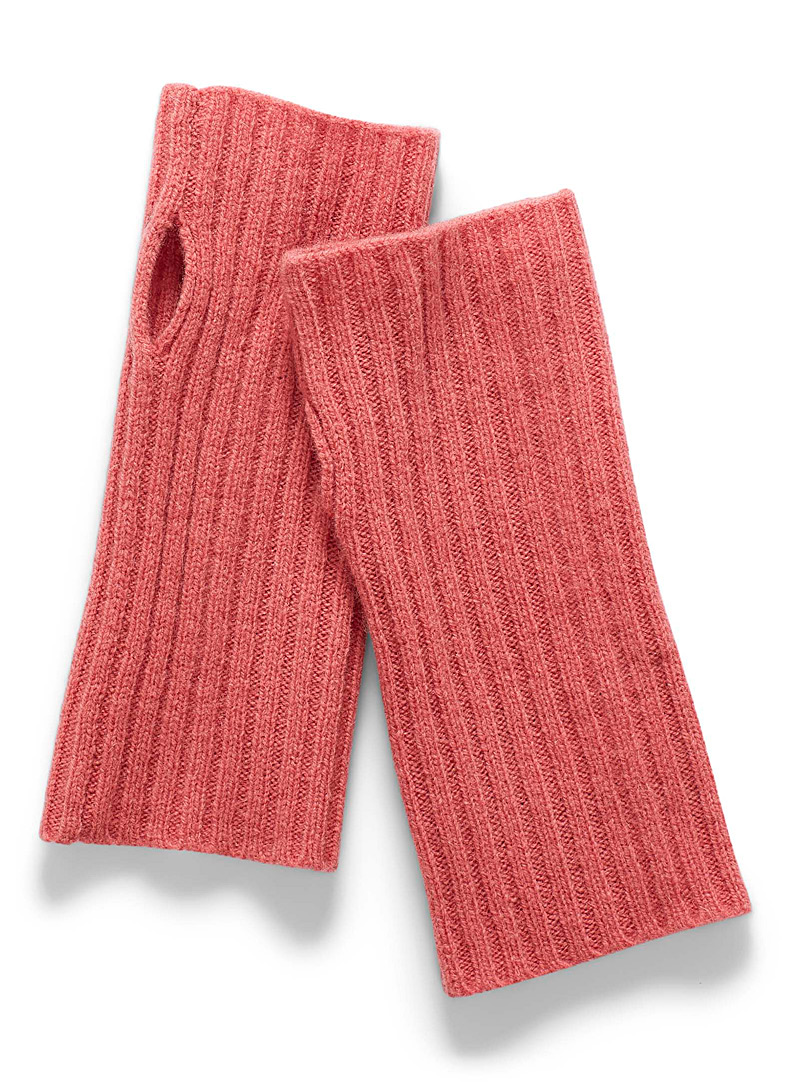 Simons Dusky Pink Lambswool wrist warmers for women