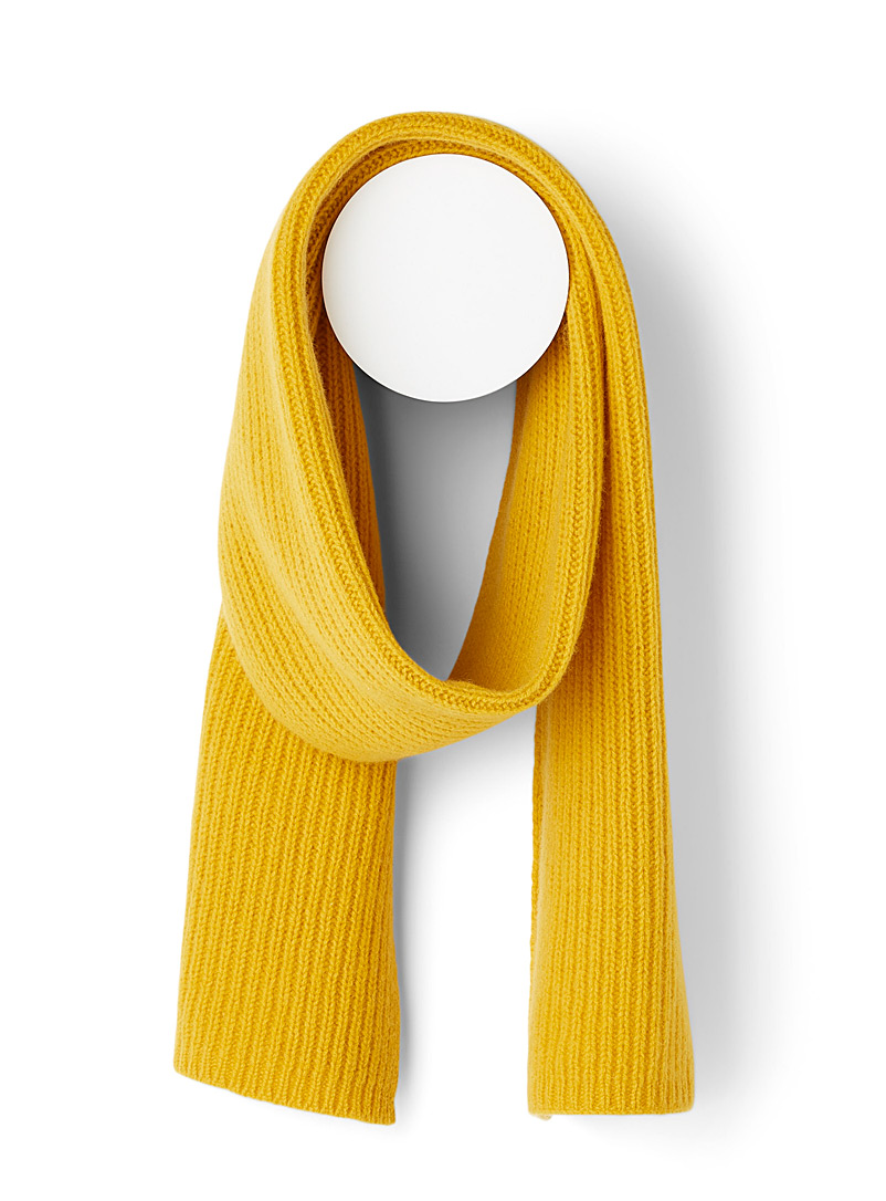 Simons Ivory White Lambswool ribbed scarf for women