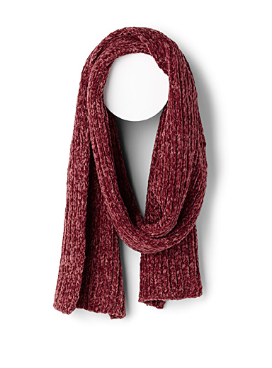 Chenille-knit scarf
