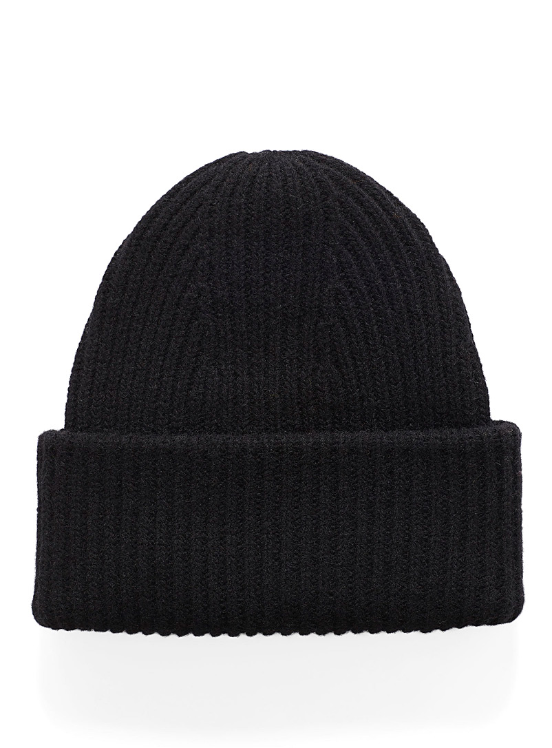 lambswool-ribbed-tuque