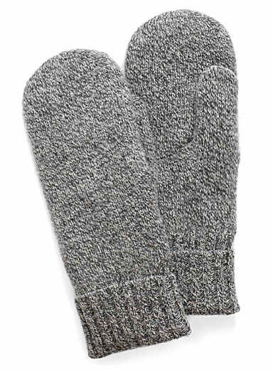 Pure wool knit mittens