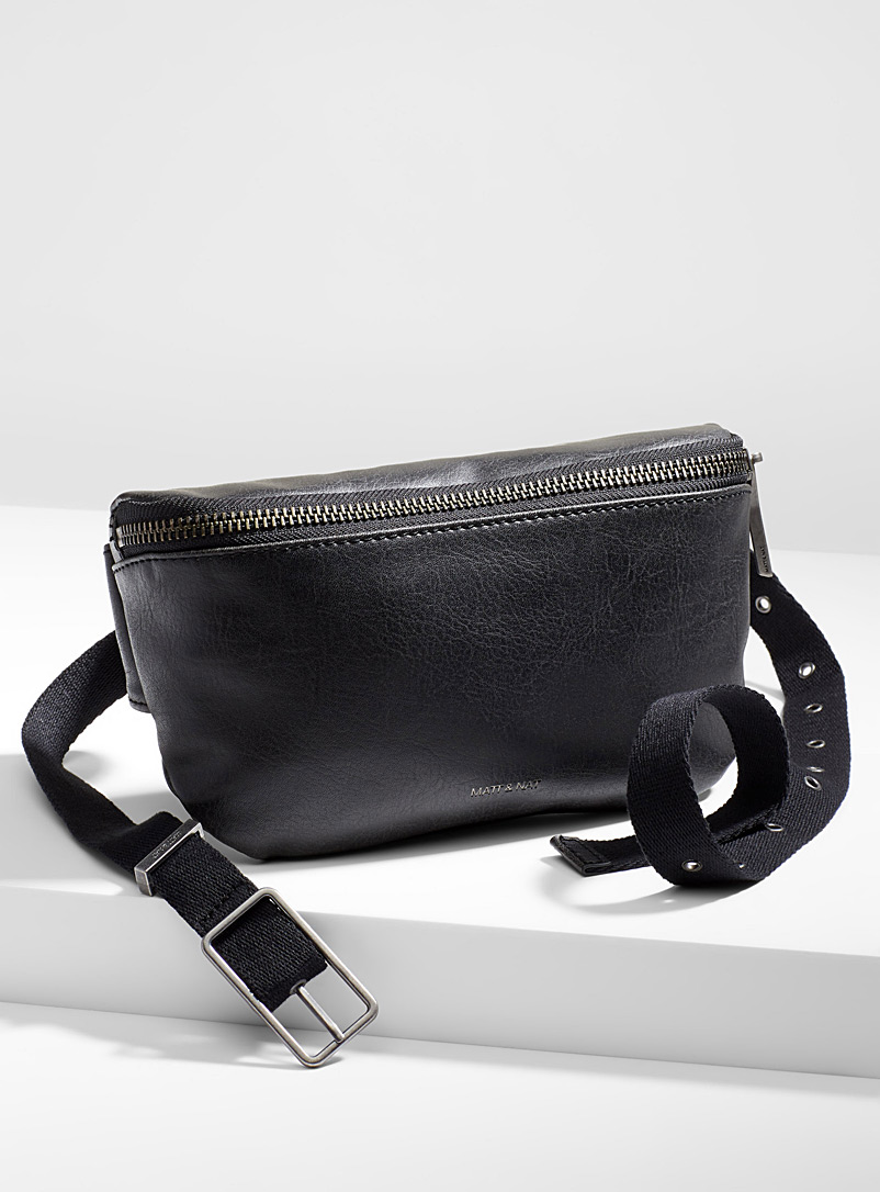 Matt & Nat Black Vie belt bag for men