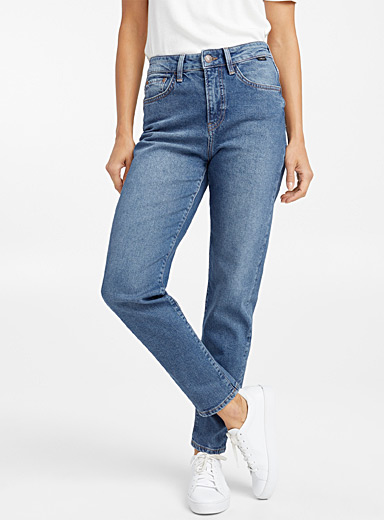 Le mom jeans délavé Cindy