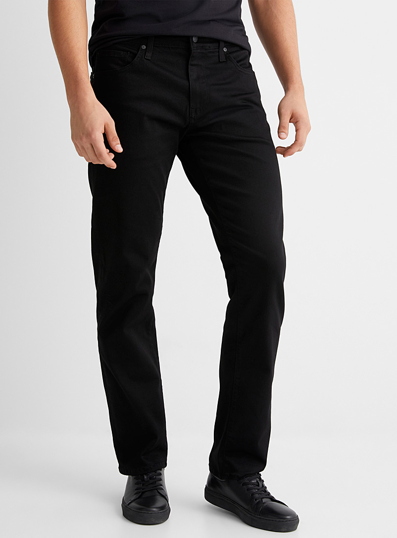 Zach SuperMove black jean  Straight fit