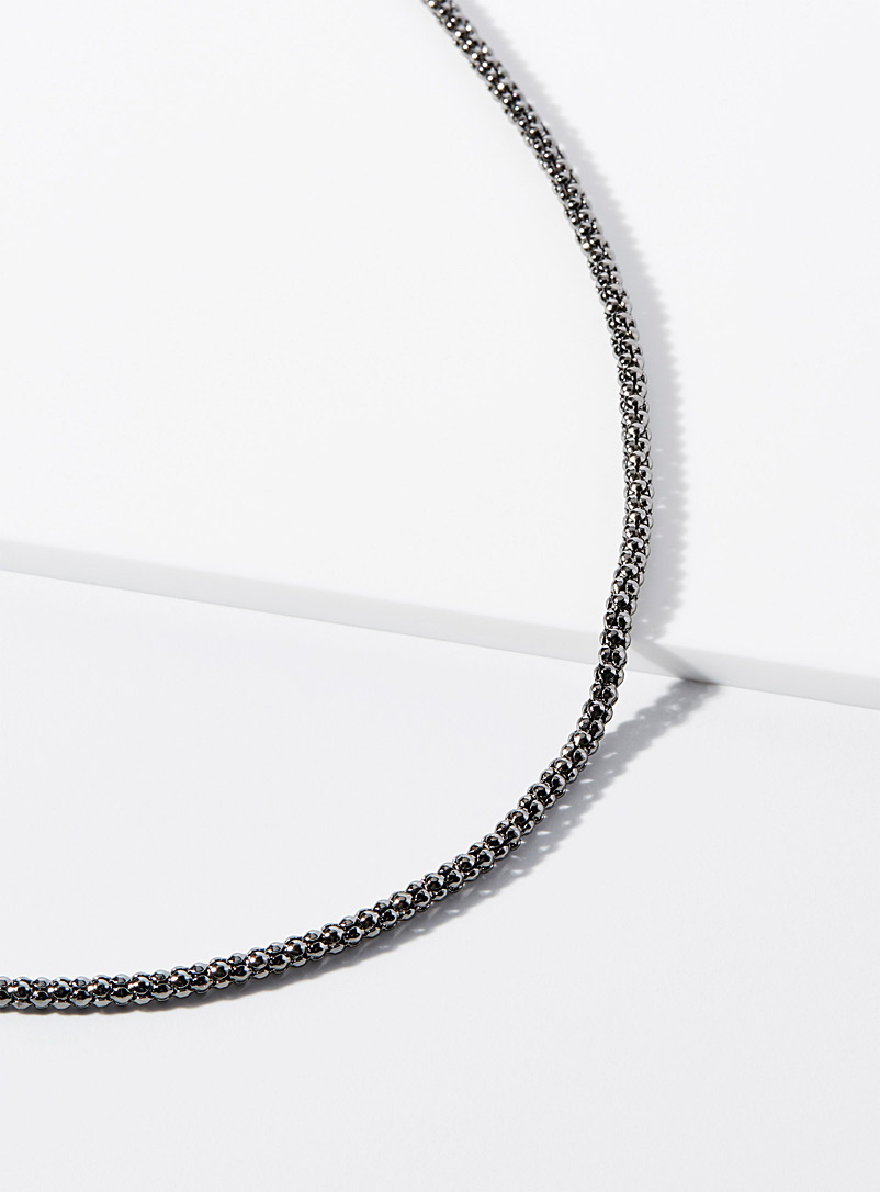 Round metallic chain