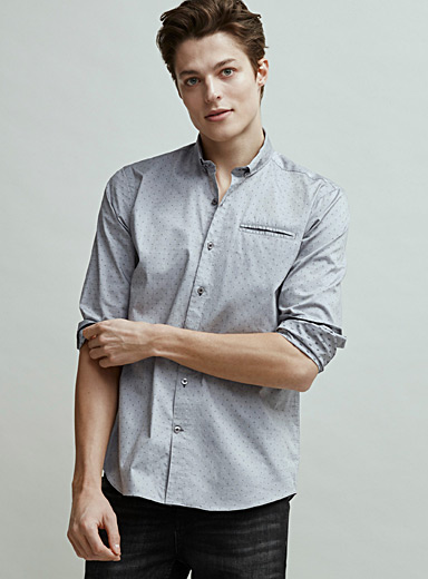 Pin dot jacquard shirt <br>Semi-tailored fit