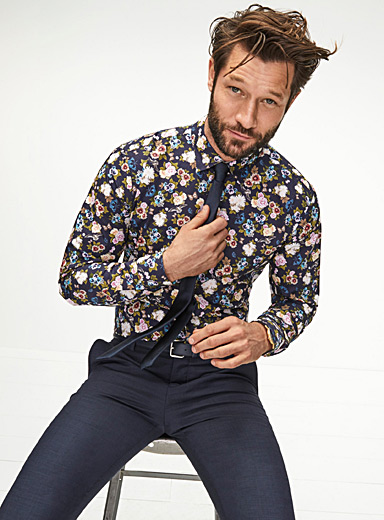 Wild bouquet shirt  Semi-tailored fit