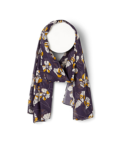 Pretty poppy pareo scarf