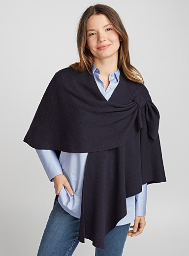 Finely knit draped shawl