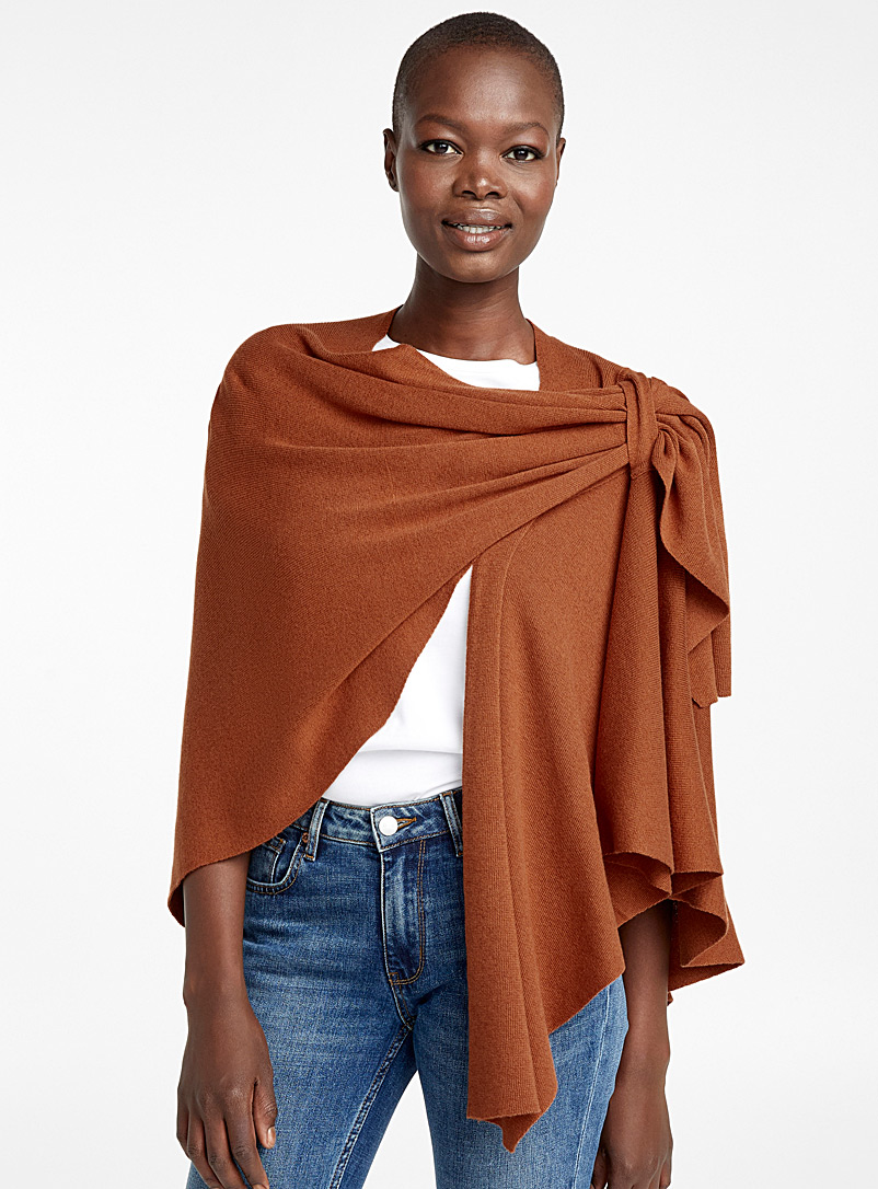 Finely knit draped shawl - Capes & Ponchos - Copper