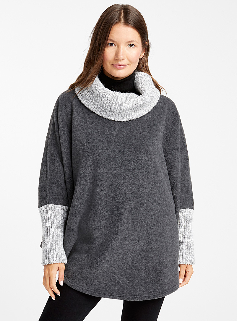 Knit-like cape - Capes & Ponchos - Grey