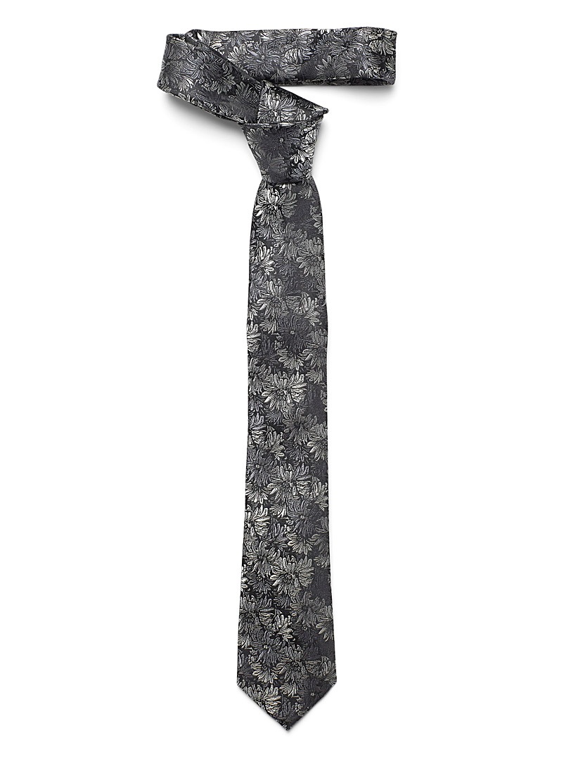 repeat-flower-tie