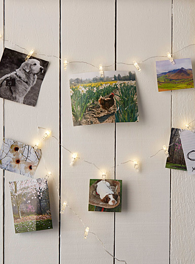 Decorative light-up photo garland