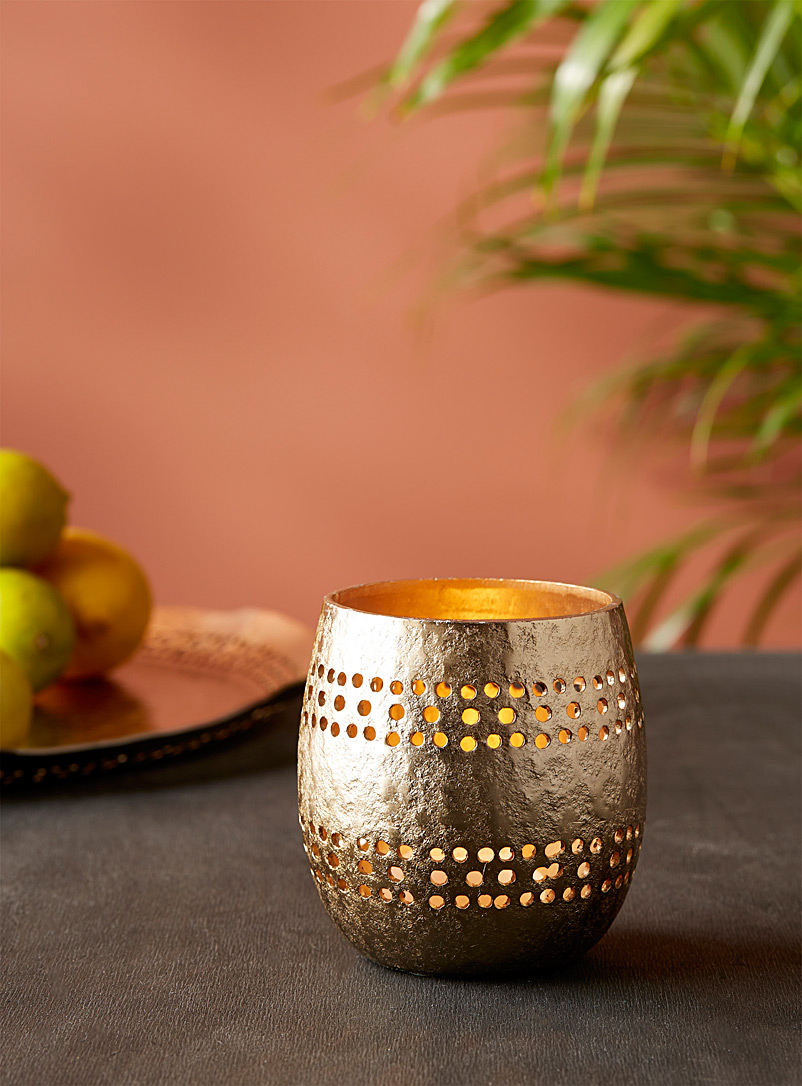 Small dotted gold leaf candle holder