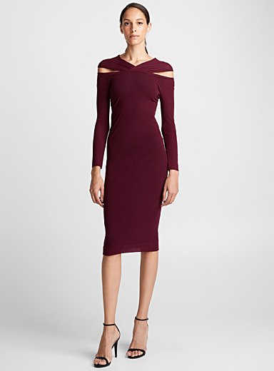 Crossover neck burgundy dress