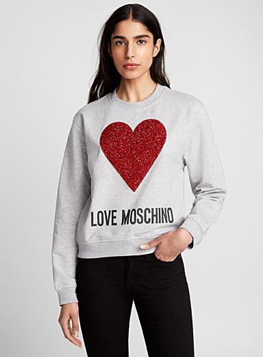 Big in Love sweatshirt