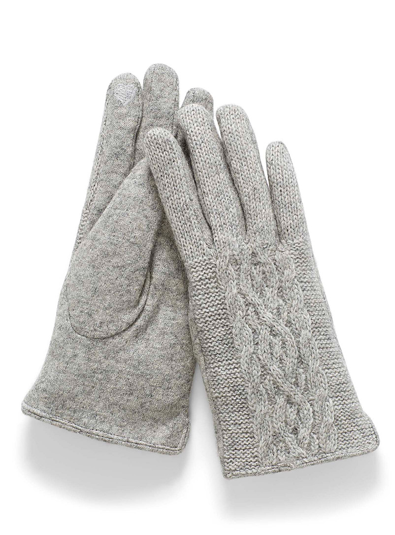 Simons Grey Twisted-knit gloves for women